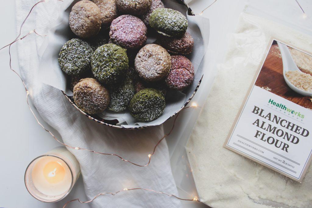 tri-color vegan almond christmas cookies naturally dyed