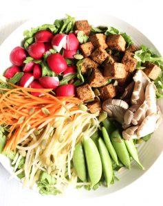 Balsamic Tofu Rainbow Salad